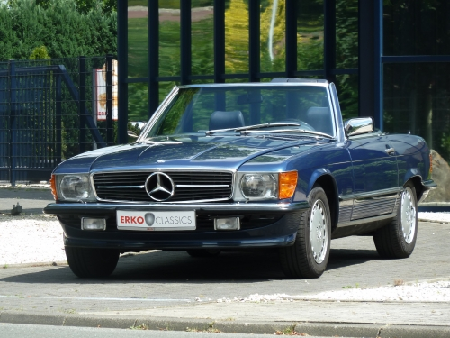Mercedes Benz 560 SL (R107)